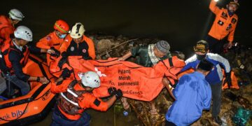 Indonesia river cleanup: 11 kids drowned, 10 rescued