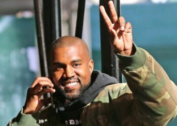 """Rapper Kanye West Officially Changes His Name To """"Ye"""""""